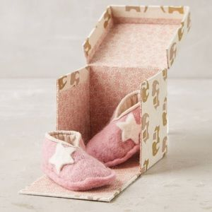 NIB Anthropologie Felted Baby Booties -Pink